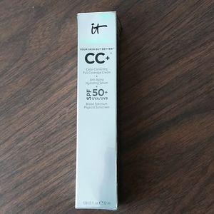 it Cosmetics CC+ Your Skin but Better Light Medium